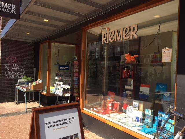 foto boekhandel Riemer in Groningen